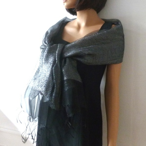 Stole/shawl/wrap Phanie black and silver metallic threads