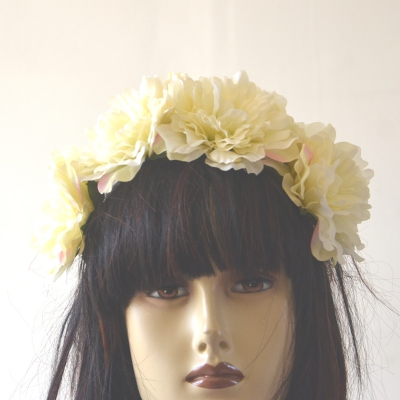 Large ivory flowers crown on headband