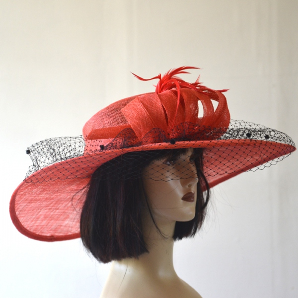Wide-brimmed red wedding hat bcf81227e64