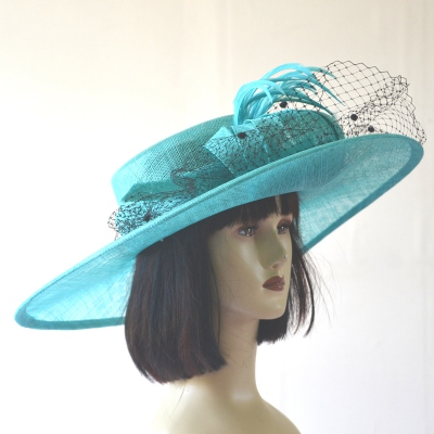 Wide-brimmed wedding hat with veil - 4 colours