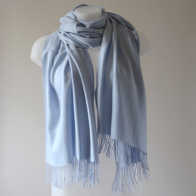 Long cashmere mid-season sky blue scarf