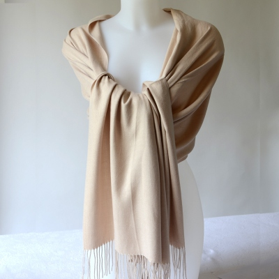 Light brown shawl, stole or plaid. Cashmere, wool and viscose
