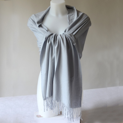 Large light grey shawl, warm, soft, souple and light