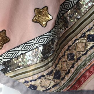 Beautiful and large embroidered foulard - 5 different colours