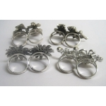 Lot of 4 woman ring