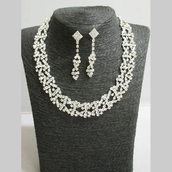 Jewelery set year-end party