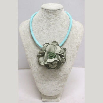 Flower Necklaces - Spirit of the Islands