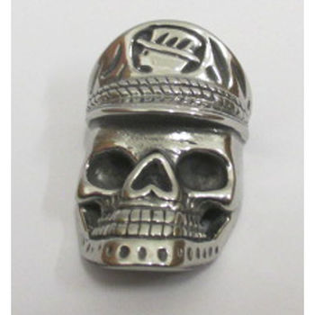 skull pendant with his cap
