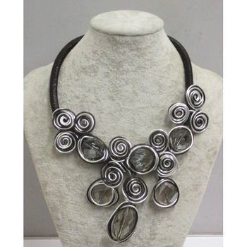 jewelry model in aluminum wire at your wholesaler