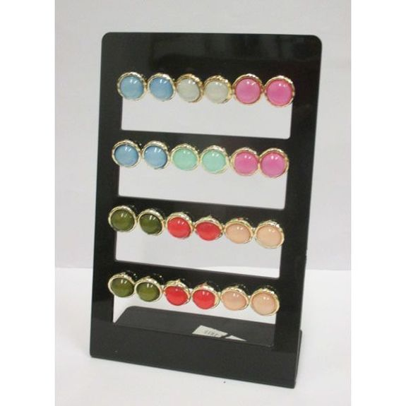 round earring color on wafer