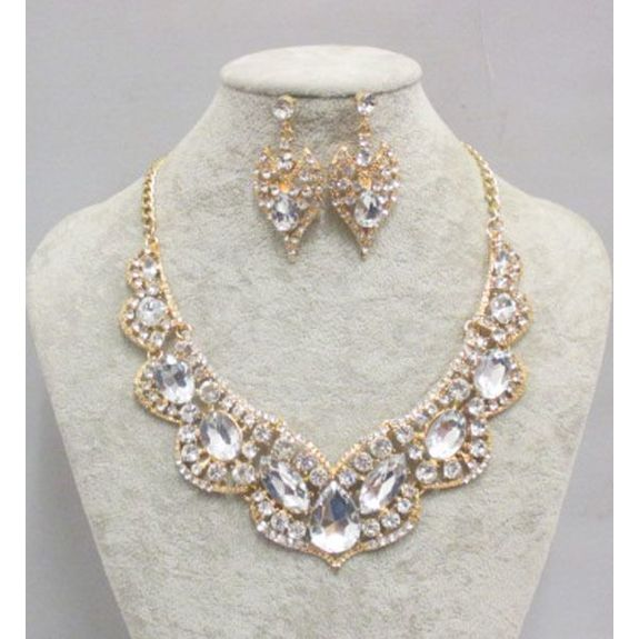 wedding accessory necklace earring