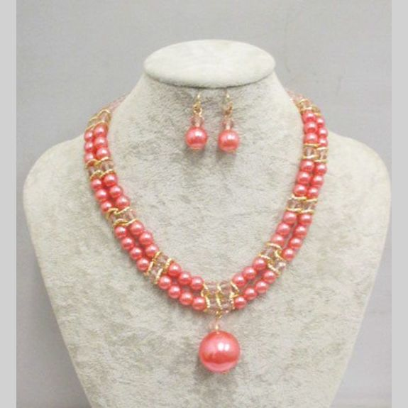 pearl necklace wedding color for your dress