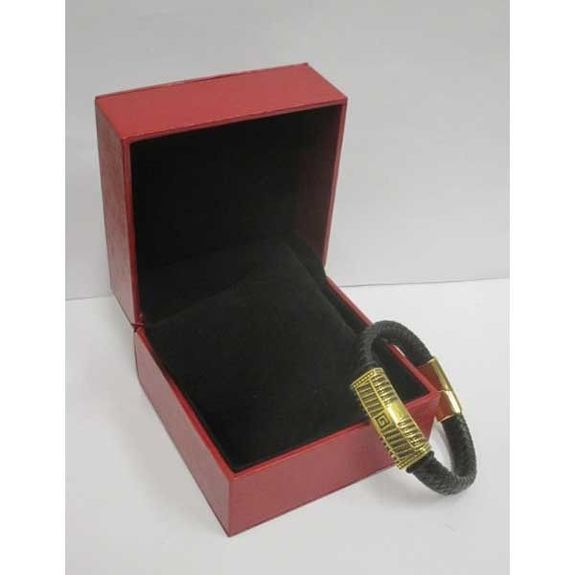 steel leather bracelet sold in gift box