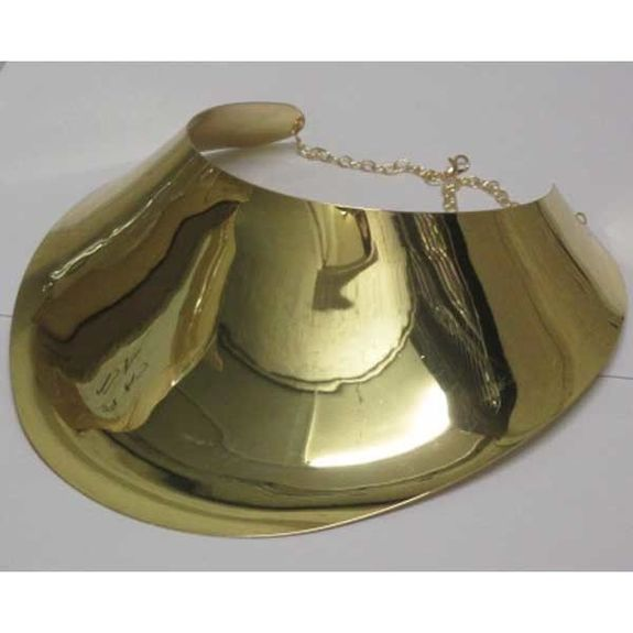 gold necklace to party