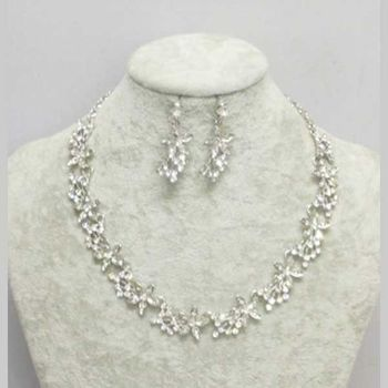 Fancy crystal necklace