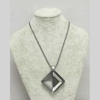 long necklace modern jewelry