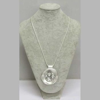 woman jewelry round crystals