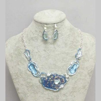 blue resin enamel plate necklace jewelry
