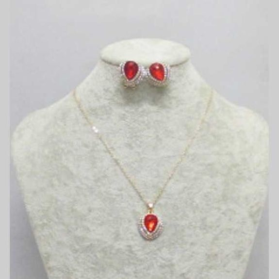 bijoux collier cristal rouge 3 rangees strass