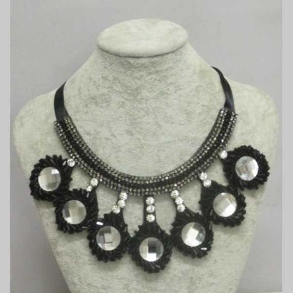 costume jewelry for carnival Martinique
