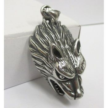 medallion jewelry wolf