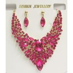 rhinestone fuschia necklace