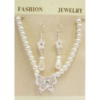 collier perle papillon grossiste