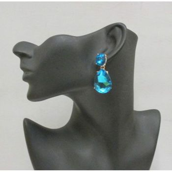 chic look with blue earrings