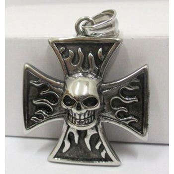 Biker iron flame cross skull pendant