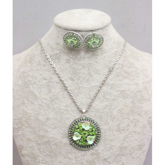 green flower round necklace jewelry