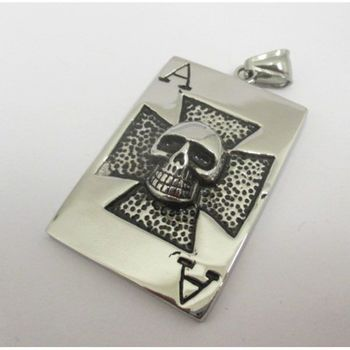 ace of spades skull pendant