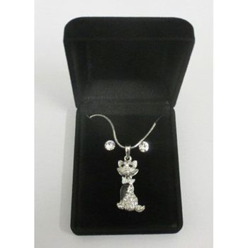 cat earring necklace with its knot