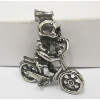 skeleton pendant on bike