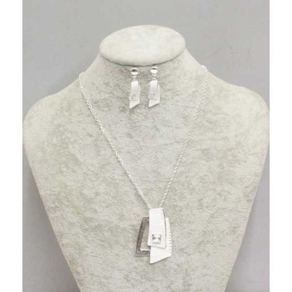 necklace and earring enamelled in white