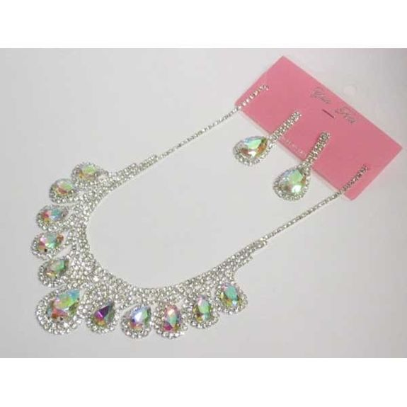 wedding rhinestone necklace with its earring