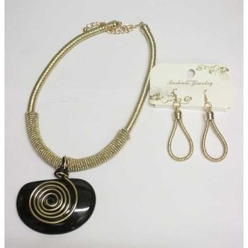black resin jewelry