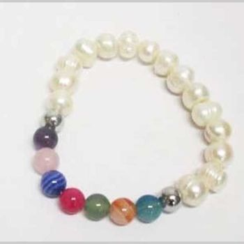 freshwater pearl bracelet with natural stone