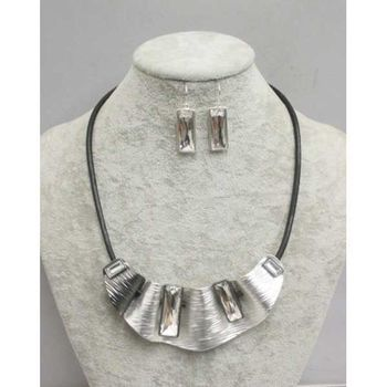 necklace plastron brushed metal cord