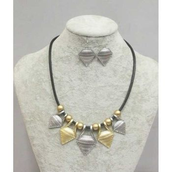 geometric golden silver necklace jewelry