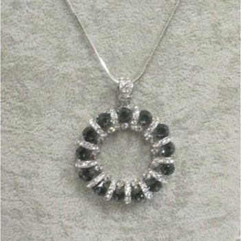 Women's round crystal necklace necklace