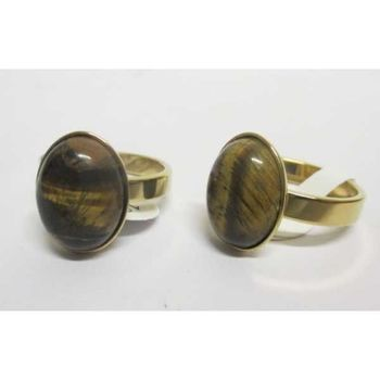 woman tiger eye ring