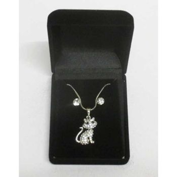 Cat pendant jewelry in box