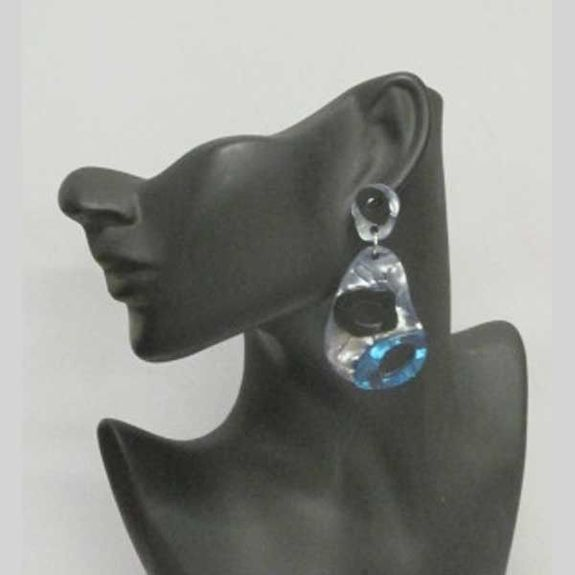 resin earring with hole