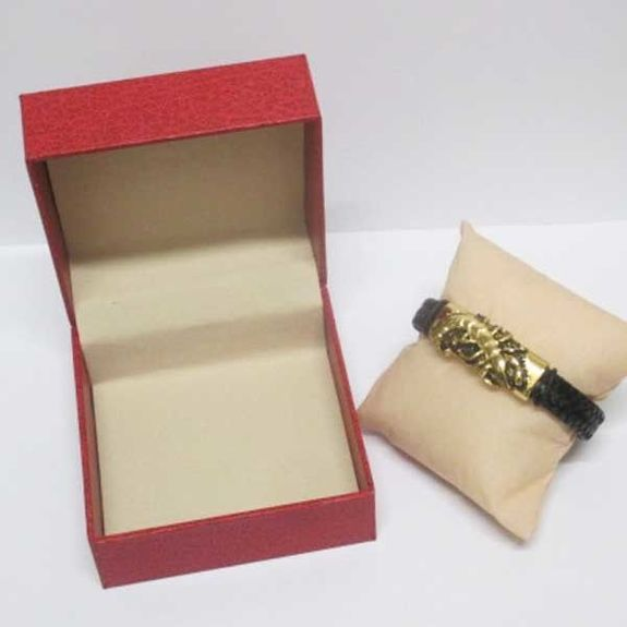 gold scorpion steel leather bracelet in box