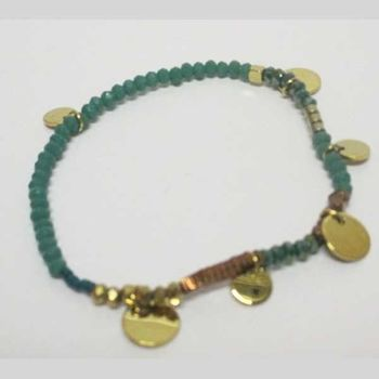 gold plated washers mounted on elastic pearl bracelet