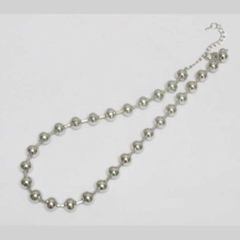 fancy silver ball necklace
