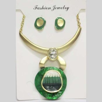 jewelry set gold green email