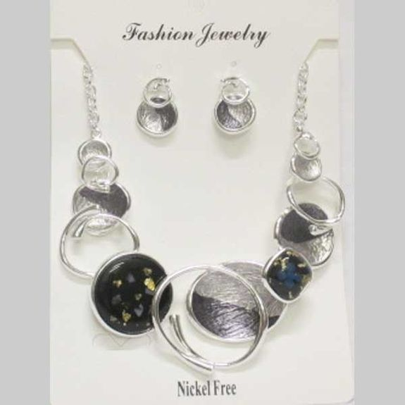jewelry enamel metal curves forming a circle