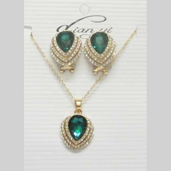 green crystal earring and necklace