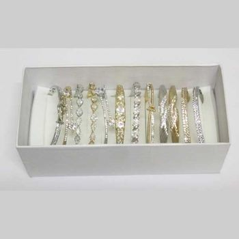 color and model crystal bracelet jewelry pack